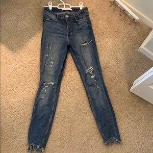 ZARA distressed skinny jeans size S